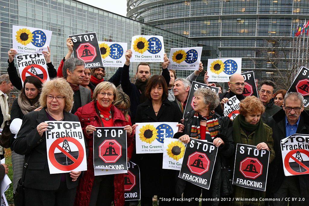 """Stop Fracking!"" ©greensefa 2012 / Wikimedia Commons / CC BY 2.0"